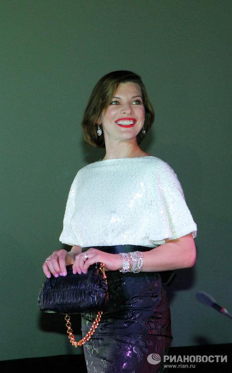 Мила Јововић у Москви