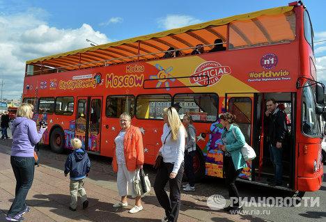 Аутобуси за обилазак Москве