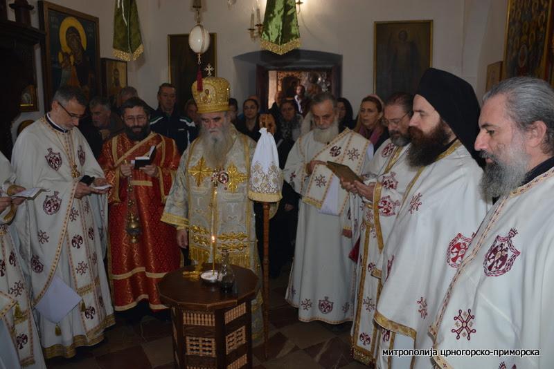 Амфилохије: Нажалост садашња наша власт у Црној Гори у име некаквих европских вриједности повампирује богоубилачки и братоубилачки дух