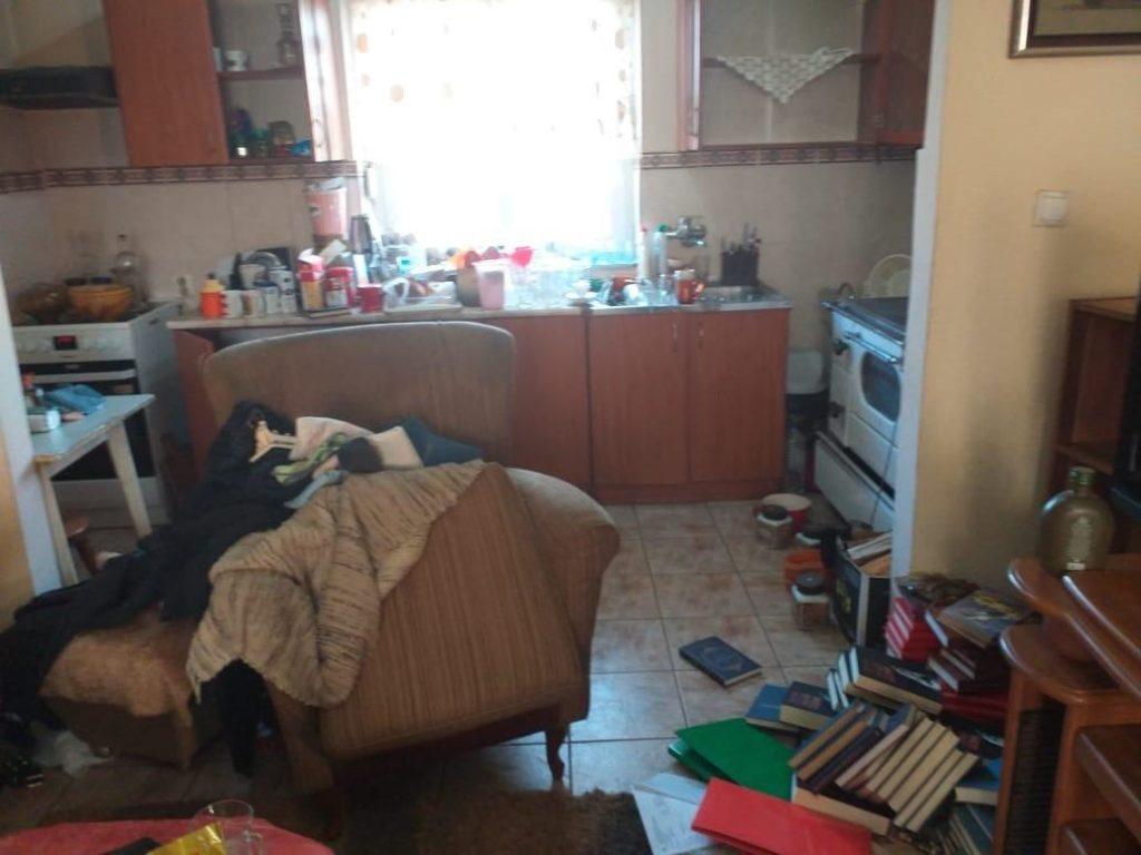 Подгорица: Ухапшена мајка и брат опозиционог посланика Милана Кнежевића