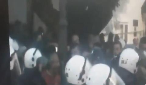 Абазовић објавио снимак напада на припаднике полиције од стране саветника Ђукановића и групе посланика ДПС-а