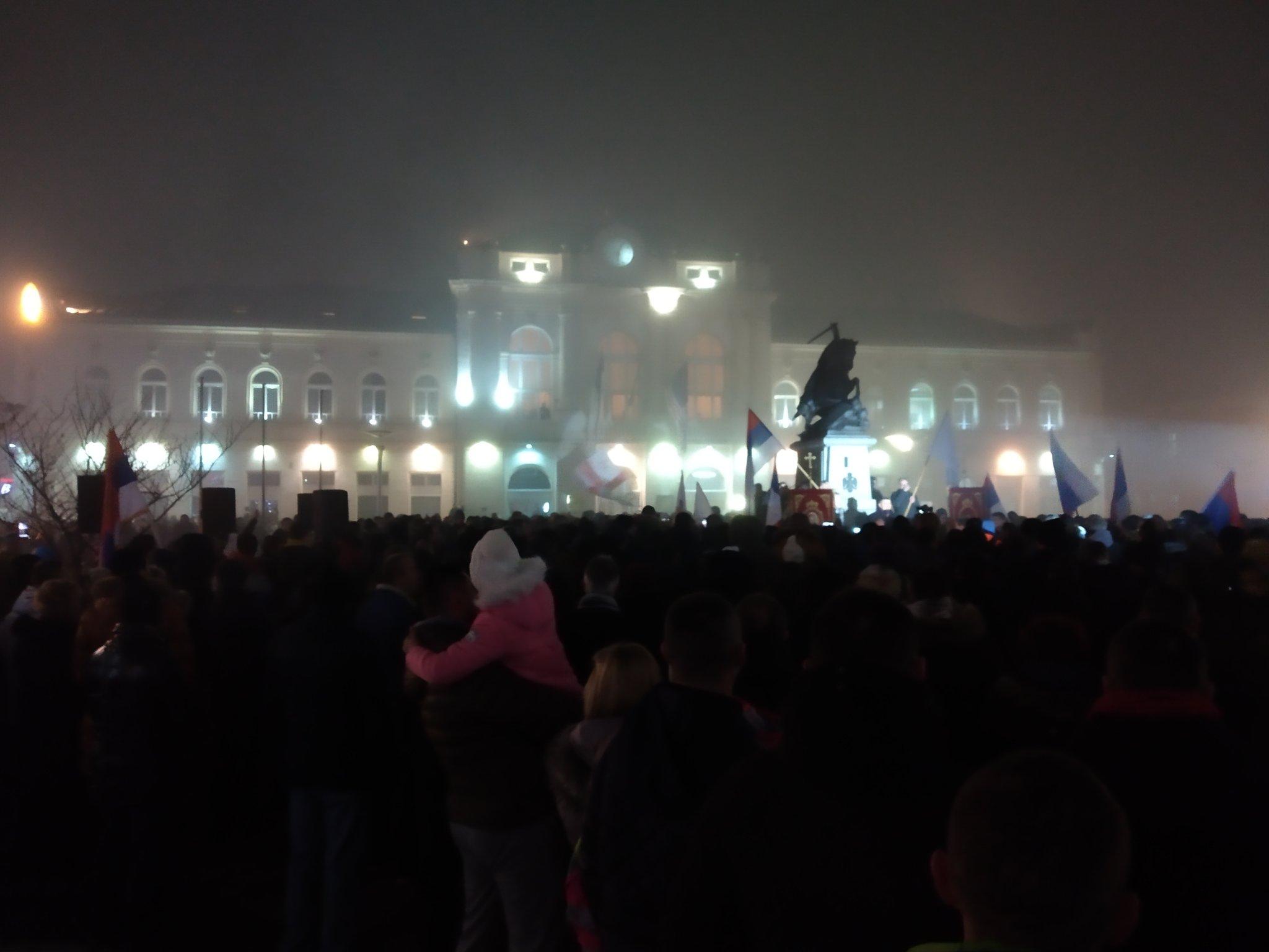 Хиљаде верника на молебану у Бијељини знак подршке браћи у Црној Гори