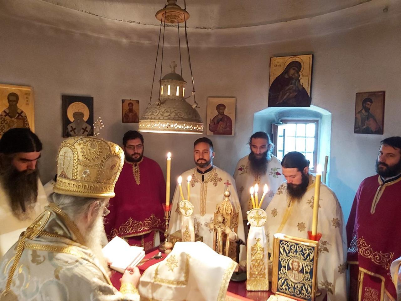 Амфилохије: Богоубилачки и братоубилачки дух у Црној Гори се проглашава за идентитет и будућност Црне Горе