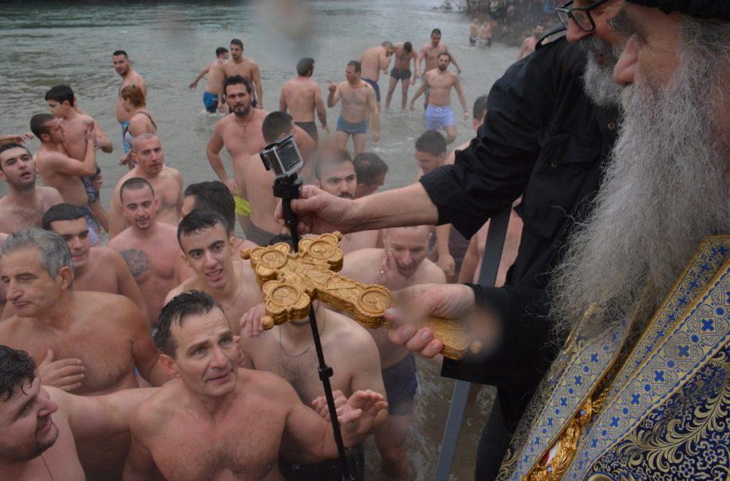 Најава богослужења и литија за Крстовдан и Богојављење у Црној Гори