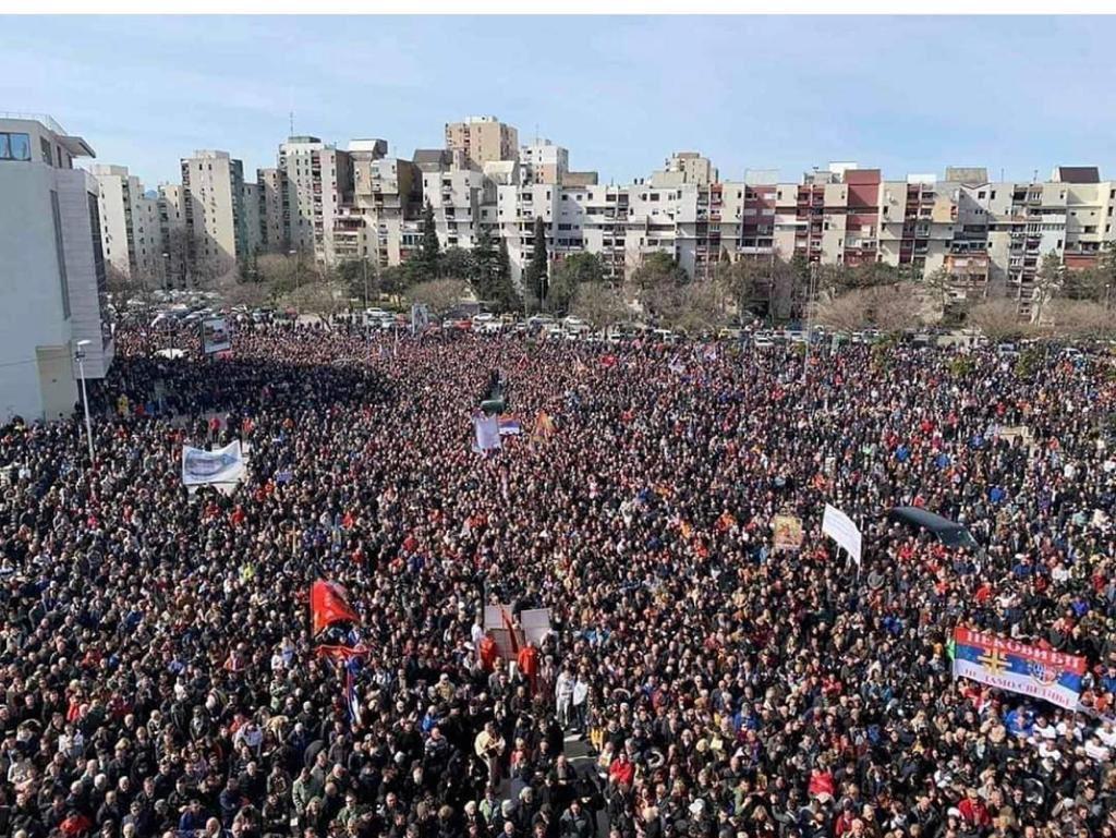 Новак Ђоковић: Поздрав и подршка за братски народ у Црној Гори