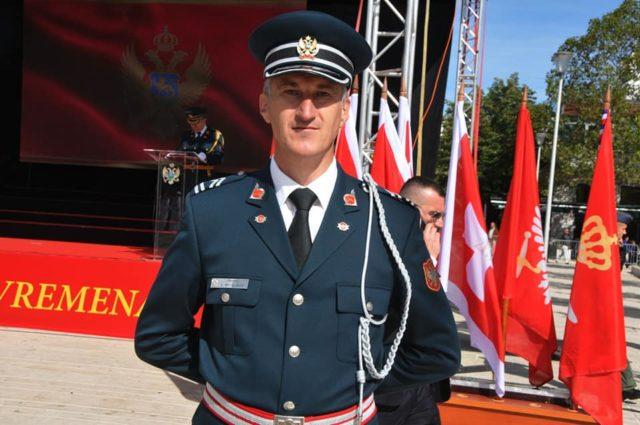 Подофицир Војске Црне Горе удаљен из службе због учешћа на литијама
