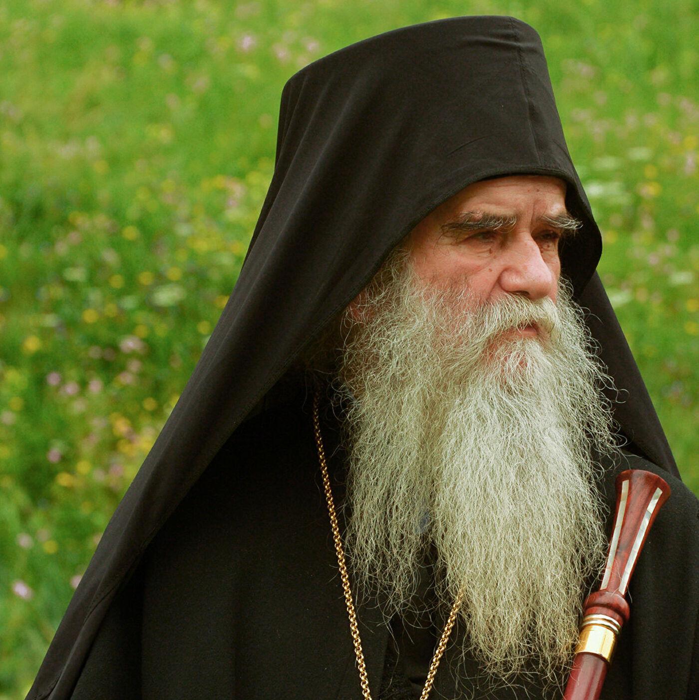 """Митрополит Амфилохије: Према свештенству поступа као према """"највећим криминалцима"""""""
