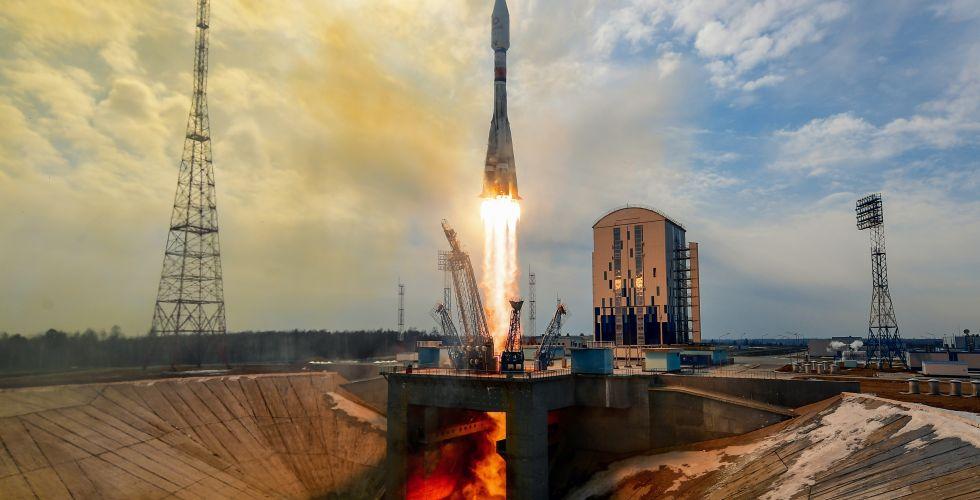 """Са космодрома Восточни лансиран """"Сојуз"""" са 36 сателита"""