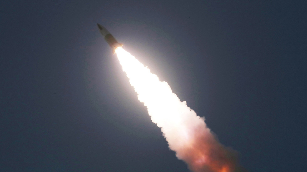 РТ: Пјонгјанг саошптио да је испалио нову тактичку ракету