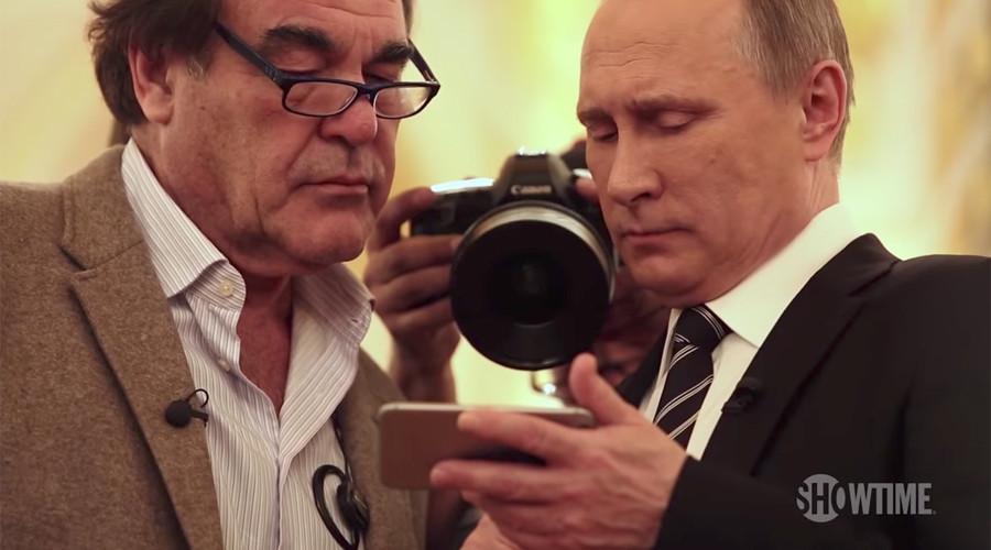 Стоун: Зашто би Путин лажирао видео снимак из Сирије?