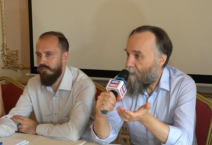 Међународни евроазијски покрет представљен у Београду: Дугин упозорио Србе да је нападнута задња линија одбране