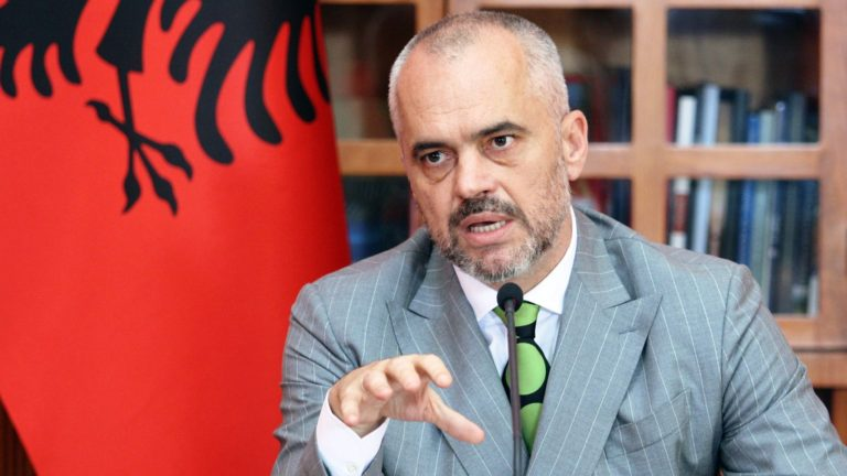 """Тежња стварања """"Велике Албаније"""" — сан или реалност?"""