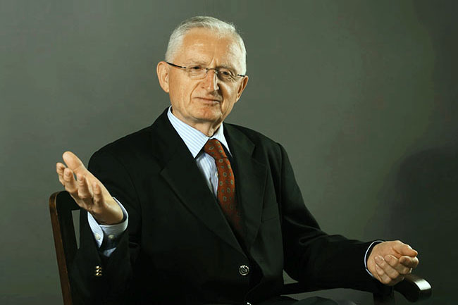 Јовановић: Нико нема права да Србију уцењује по мери својих геополитичких интереса