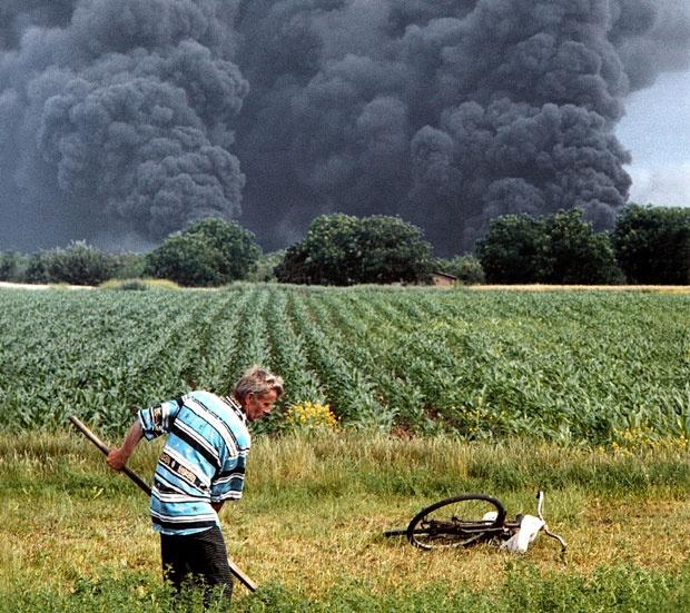 """""""Tužiti NATO za ratne zločine, zločine protiv čovečnosti i okupaciju"""""""