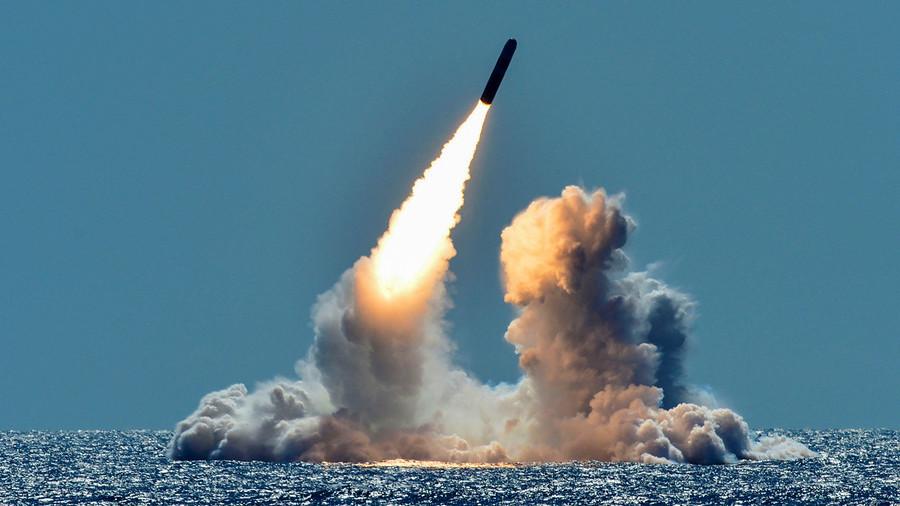 """РТ: """"САД имају оружја да униште свет 10 пута, али желе још због Кине"""""""