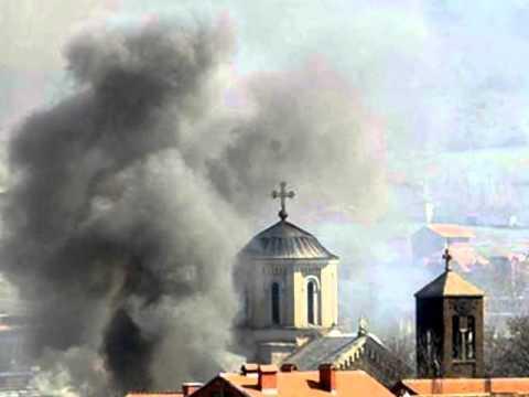 """""""Иако се НАТО бринуо о безбедносној ситуацији на Косову, није дошло до спречавања насиља у марту 2004. године"""""""