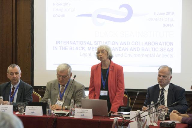 """Самит ЕУ и """"Три мора"""": Изазови у политици, енергији и екологији"""