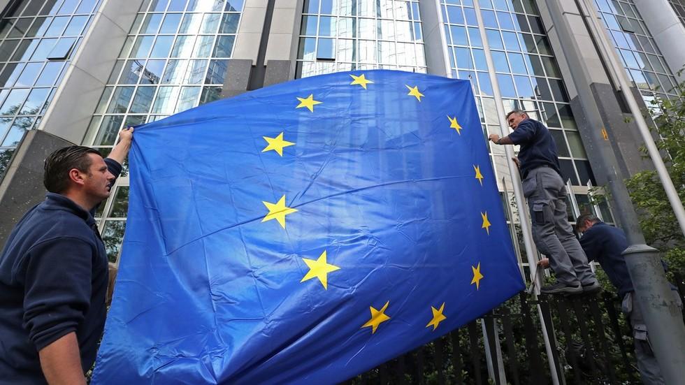 """РТ: Систем упозорења ЕУ за """"руско мешање"""" није открио никакво мешање"""