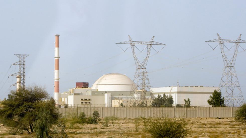 РТ: Док се Иран удаљава од Нуклеарног споразума, шта је следеће?