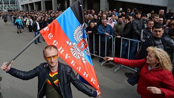 """""""Ако Кијев настави да блокира преговоре, Москва ће морати покренути питање признавање ДНР-а и ЛНР-а"""""""