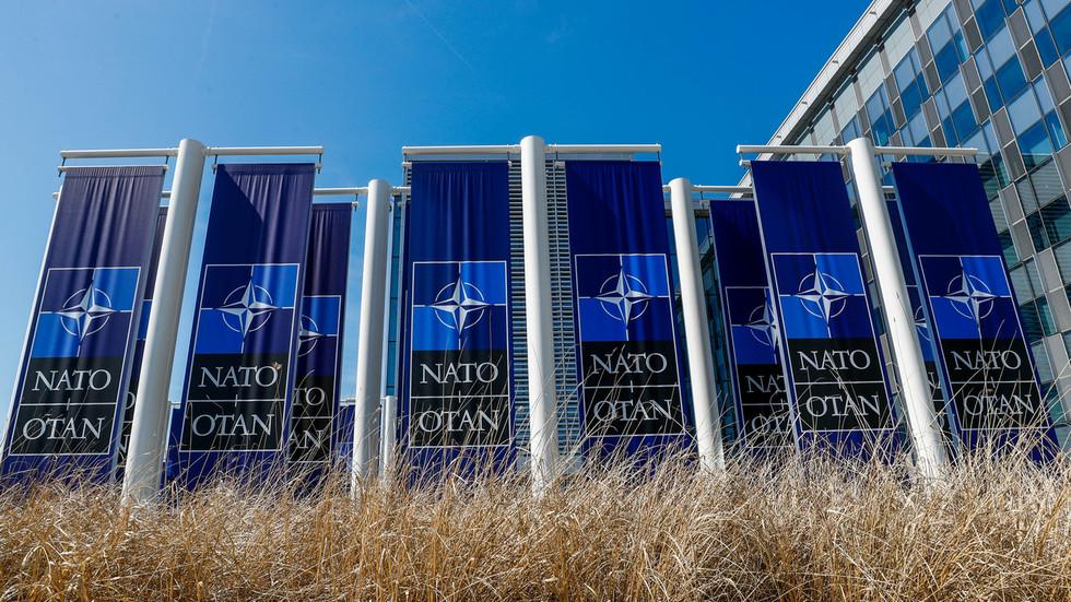 РТ: Западни естаблиишмент никада не би прихватио Русију у НАТО-у, али зашто би се Русија и придружила, чак и ако би била позвана?