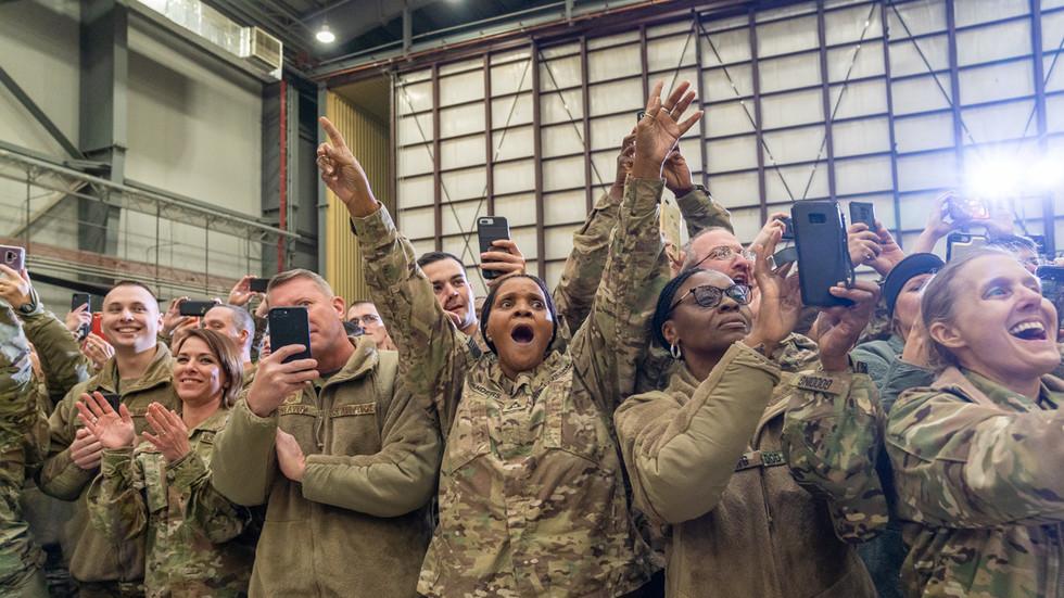 РТ: Америчка војска воли Русију, а за то је крива контрола ума од стране Кремља - Пентагон