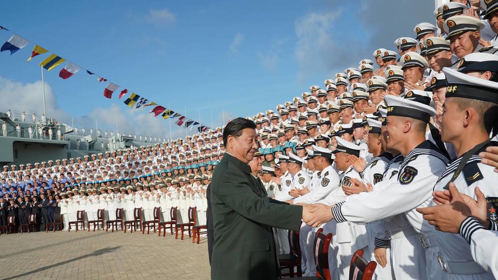 РТ: Нема више успаваног змаја: Кина се спрема да замени САД као најјачу поморску силу, а за Вашингтон је прекасно да је заустави