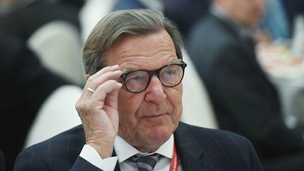 Шредер: Свако ко верује да помоћу санкција може присилити Русију на било шта – греши