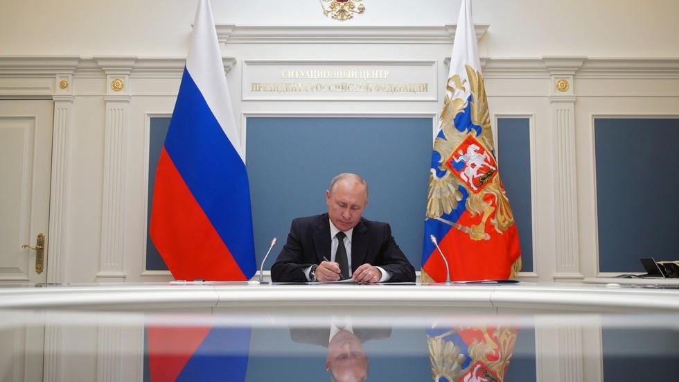 РТ: Русија је прешла дуг пут од 1993. године: Путинове уставне промене одражавају потребе ревитализоване државе