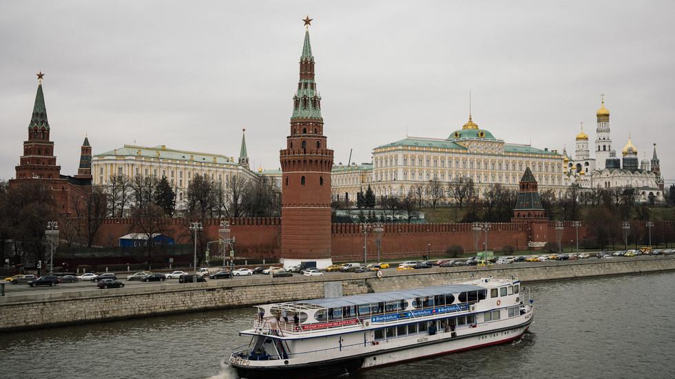 """РТ: """"Морамо се односити с Русијом онаквом каква јесте, а не онако како бисмо желели"""": Америчке дипломате и академици позивају на сарадњу с Москвом"""