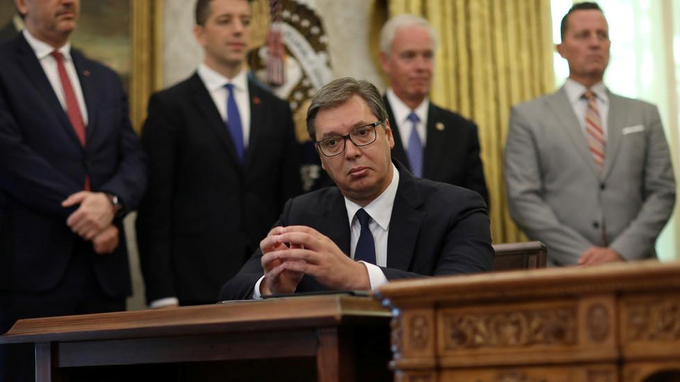 РТ: Обећао сам шта? Председник Србије Вучић изгледа изненађен након што је Трамп објавио да ће Београд преселити амбасаду у Јерусалим