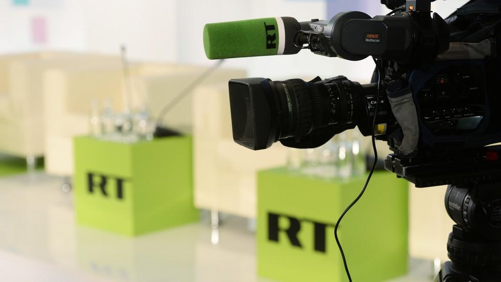 """RT: """"Nastavite da radite ono što radite"""": Visoki političari i urednici čestitali RT-u 15 rada"""