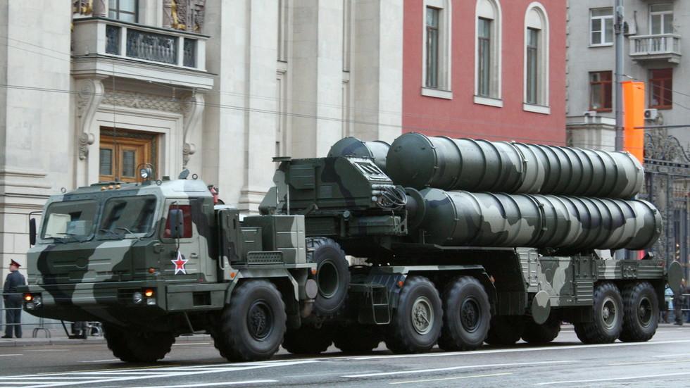 РТ: Белорусија ризикује да наљути САД због наруџбе ПВО система С-400 који је изазвао забринутост за ратне авионе НАТО-а