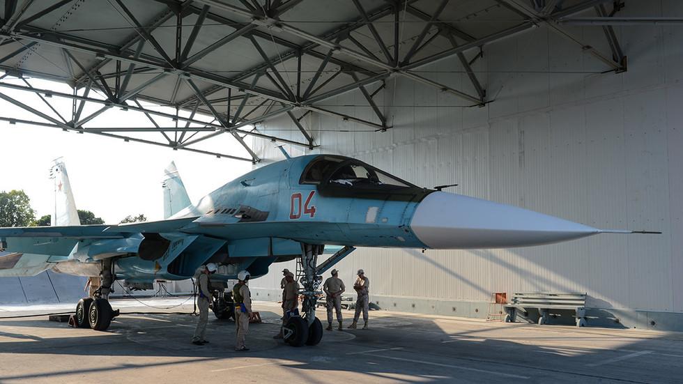 RT: Decenija rata - RT u poseti vazduhoplovnoj bazu Hmeimim odakle su ruski avioni pomogli da se preokrene sirijska antiteroristička kampanja