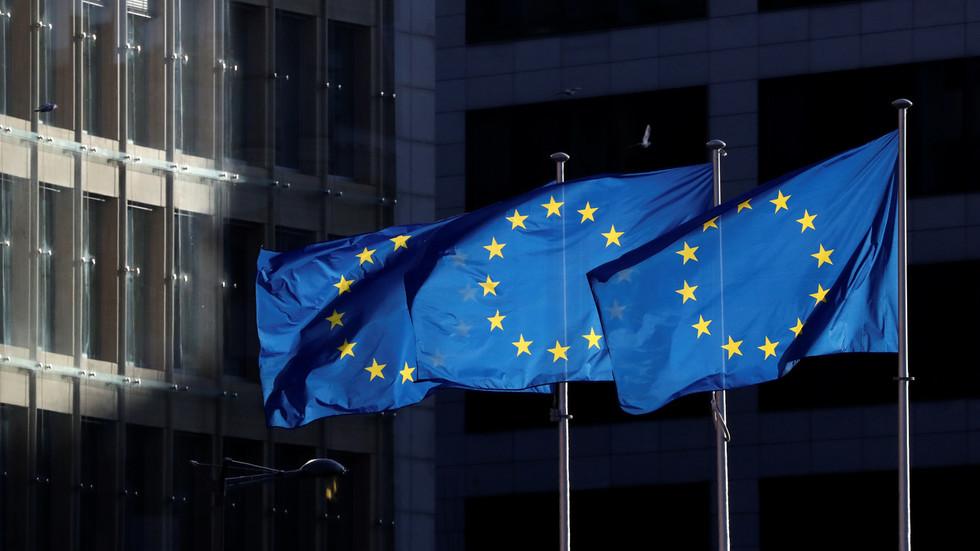 """RT: Sankcije protiv Rusije nanose """"ogromnu štetu obema stranama"""", upozorava šef Privredne komore EU, pozivajući Brisel da """"gradi mostove"""""""
