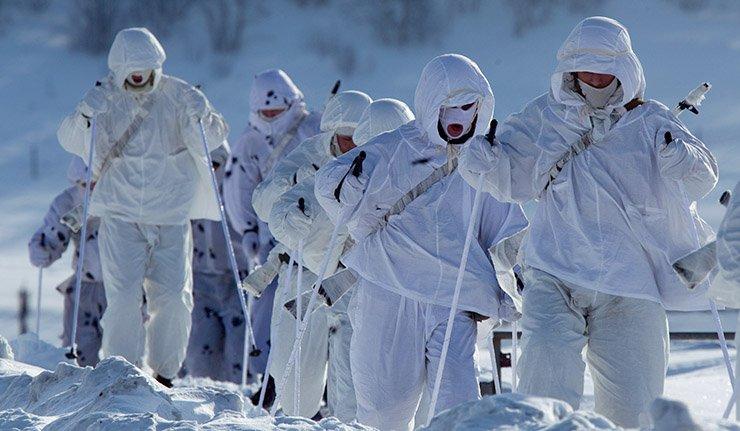 Русија јача арктичке границе