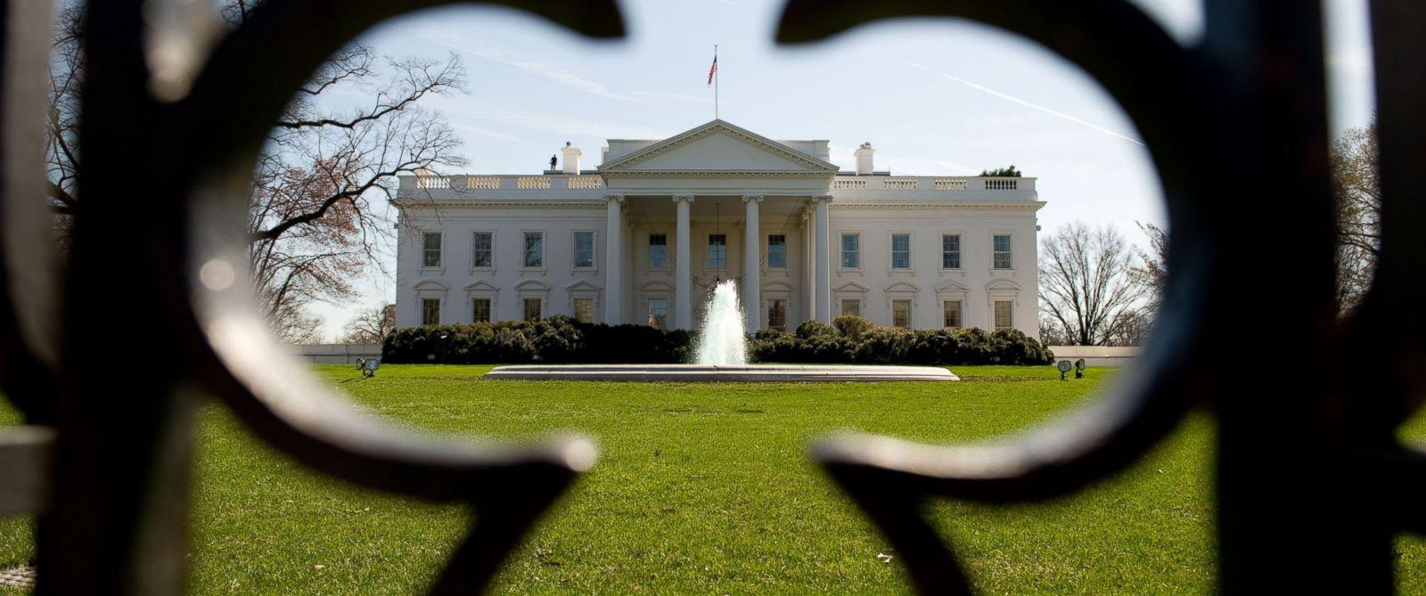 Бела кућа разматра излазак САД из Договора о ликвидацији ракета малог и средњег домета