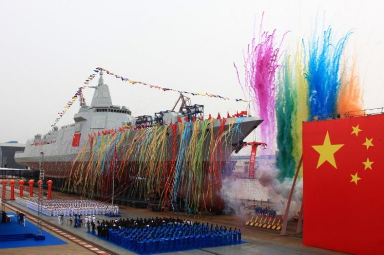 Кинеска војска поринула нови разарач домаће производње