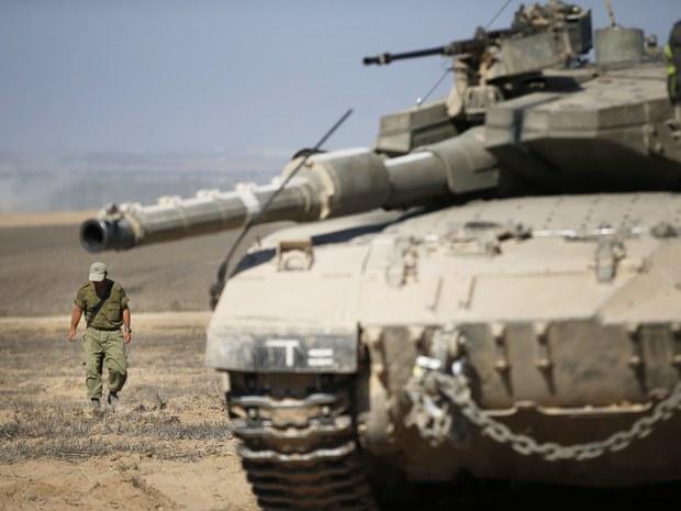 Израелски тенкови напали положаје Палестинаца у појасу Газе