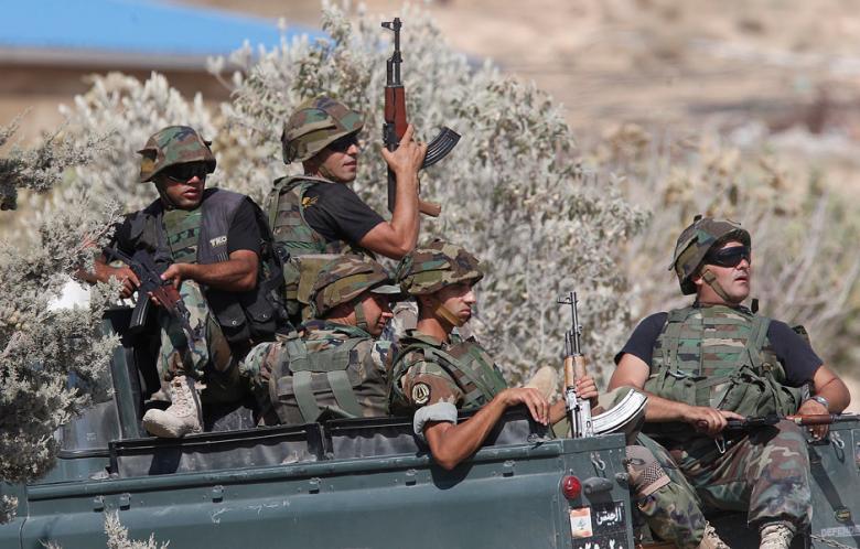 Либанска војска пронашла америчко оружје у склоништу терориста