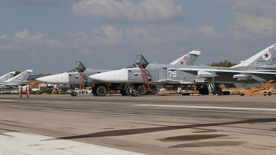 РТ: Руска војска одбила нападе 13 борбених дронова на своје базе у Сирији