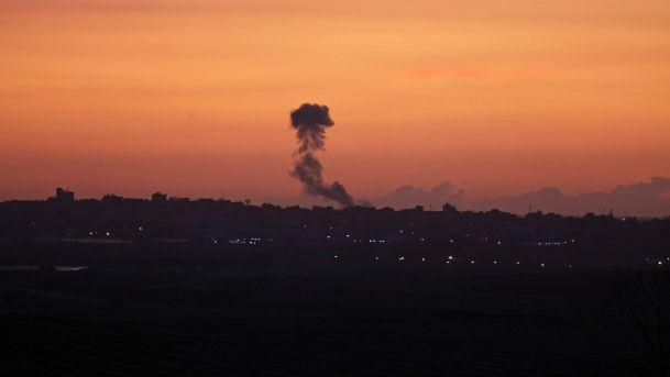 Израел напao објекте Хамаса у појасу Газе