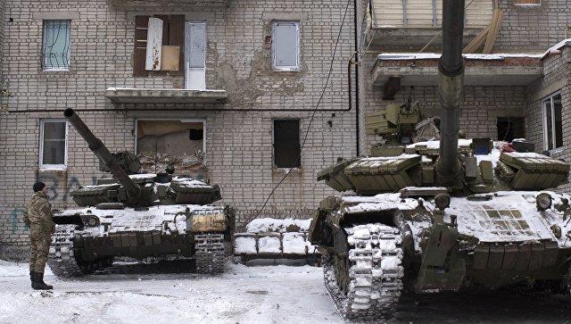 Kijevske snage otvorile vatru na autobus kod graničnog ptelaza