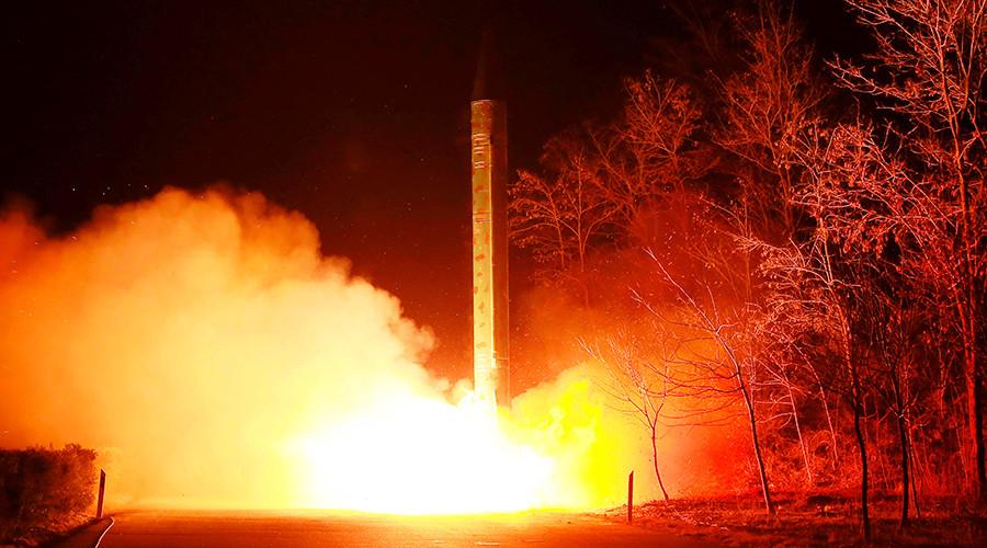 Помпео: Програм нуклеарног наоружања Северне Кореје наставља да се шири