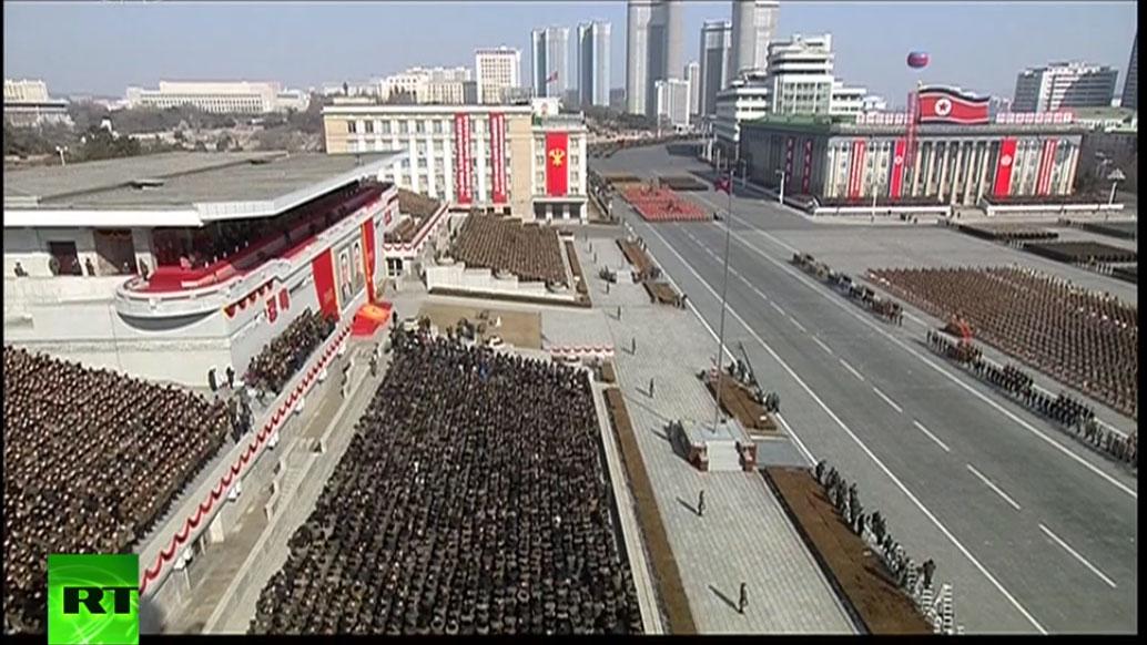 Војна парада у Пјонгјангу - УЖИВО