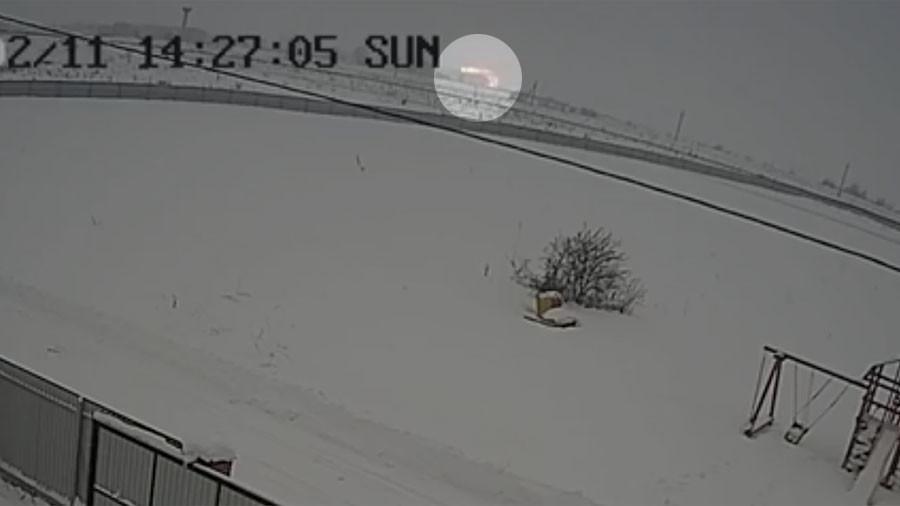 РТ: Камере забележиле пад руског путничког авиона