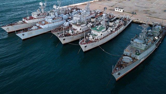 """Украјинска морнарица саопштила зашто је украјинска флота на Криму """"жртвована"""""""