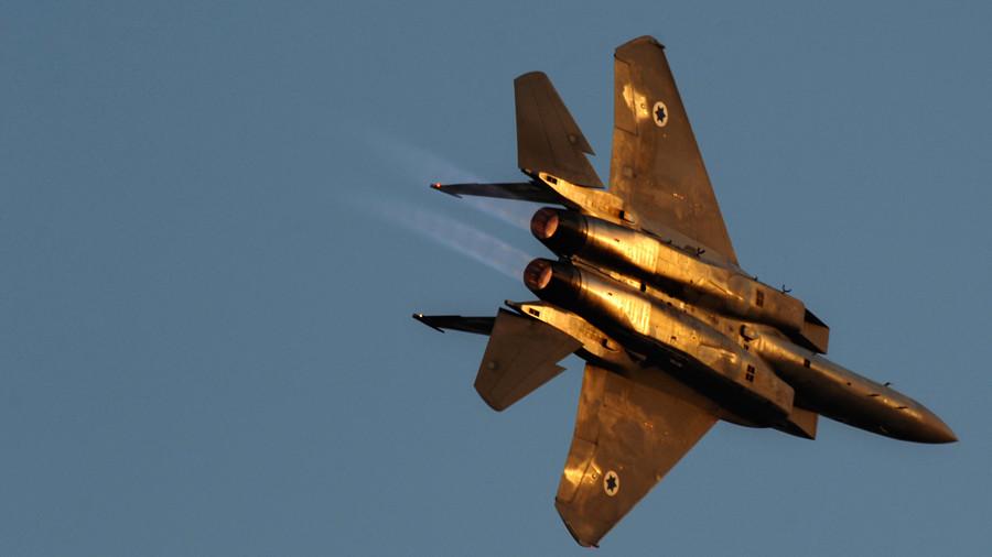 Израеслки авиони напали сиријску базу - Москва