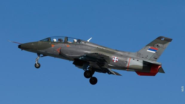 Срушио се војни авион код Ковачице, један пилот погинуо