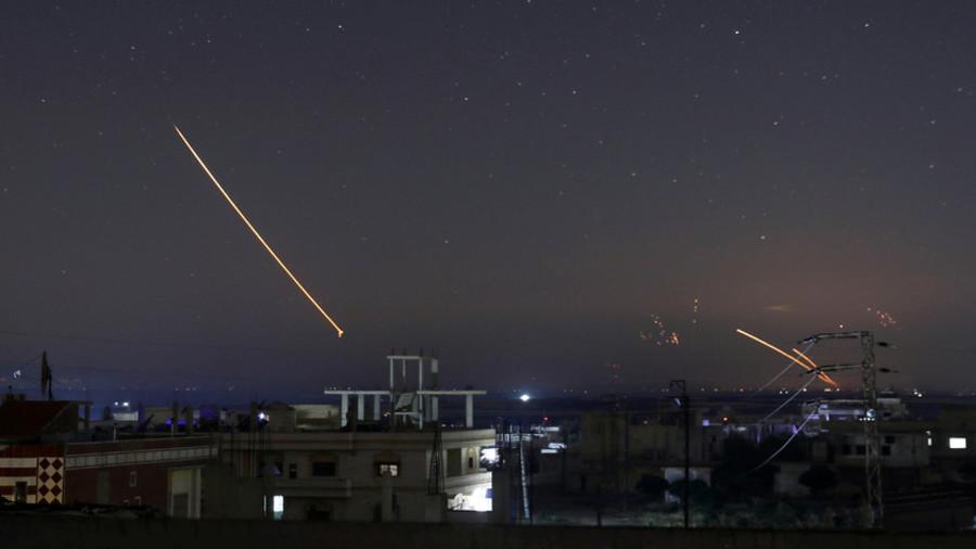 Москва: Израелске снаге испалиле око 70 ракета на Сирију